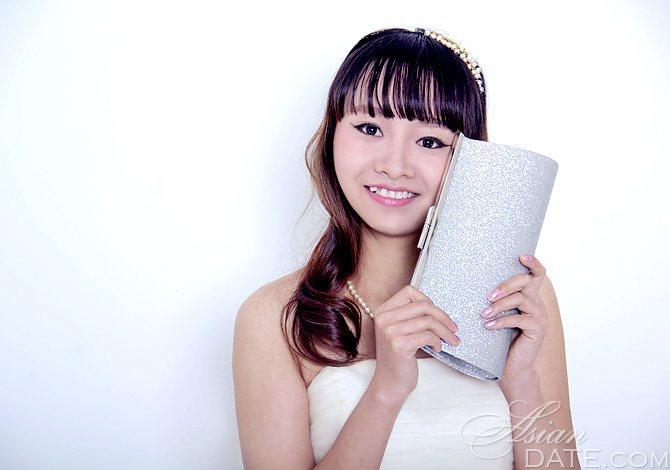 wuzhou women 联系我们 五洲阀门有限公司 联系人:陈星翰(先生) 联系电话:86-0577-86916818 传 真:86-0577-86933224 移动电话:13587616258.